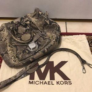 Women Imitation Michael Kors Handbags on Poshmark